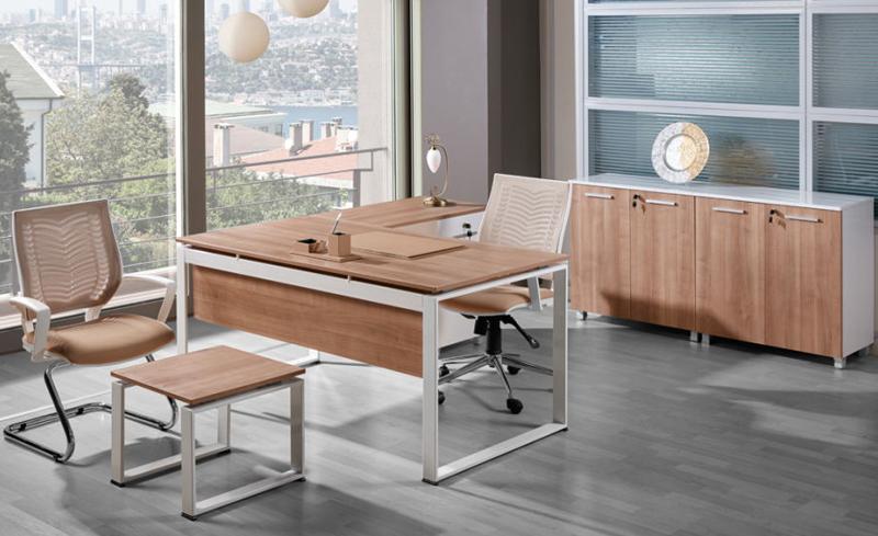 ideal konforlu çalışma masası