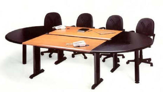 Oval toplantı masası